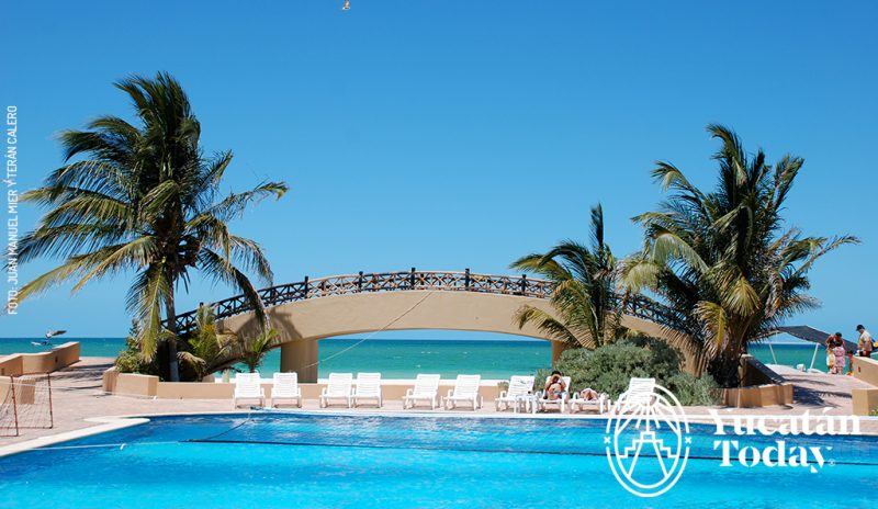 The Reef Yucatán Hotel And Convention Center Located On Beautiful Beaches Of Gulf Mexico Near Telchac Puerto Offers An Outstanding