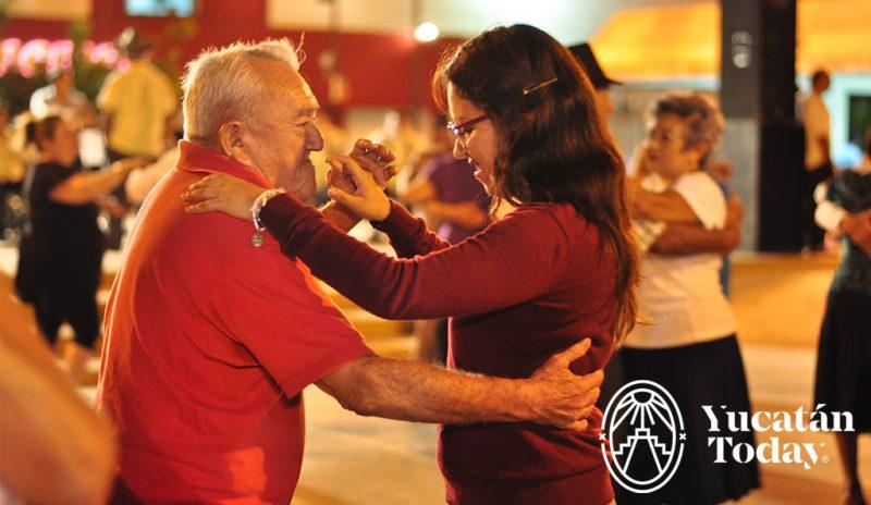 Remembranzas Musicales Años 40's @ Parque de Santiago | Mérida | Yucatán | México